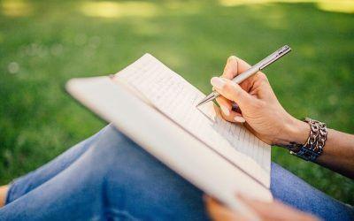 Escribir, una práctica que sirve como terapia sanatoria